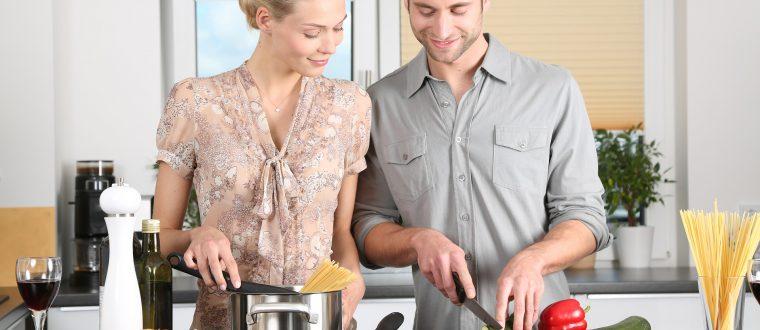איך מבשלים ארוחה לכל המשפחה במהירות?